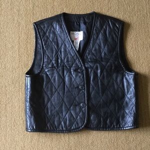 Mondi black quilted leather vest